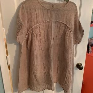 Tops - NWOT tan linen top
